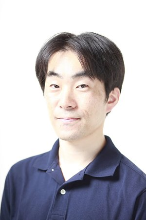 岡田慎一郎