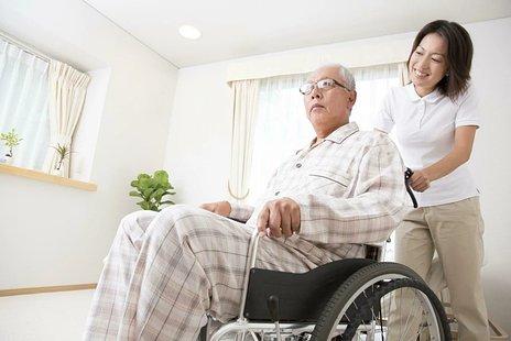 訪問介護とは|サービス内容・利用料金・ヘルパーの資格などを解説