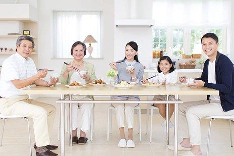 認知症を予防するための方法とは|食事(サプリ)・運動・脳トレ・趣味など