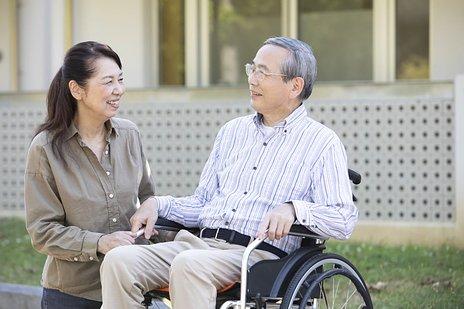 軽費老人ホーム(A型・B型)とは|施設概要や入居条件など