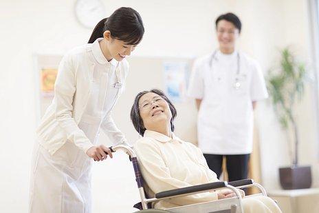 介護付き有料老人ホームとは|費用・入居条件・サービスなど基本情報をご紹介