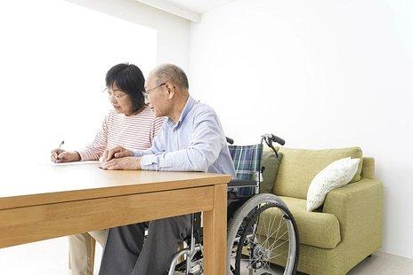 老人ホームの入居条件とは|確認すべき6つの入居条件を解説