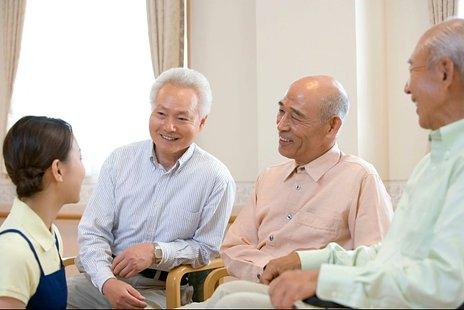【表で比較】介護付き有料老人ホームと住宅型有料老人ホームの違いとは