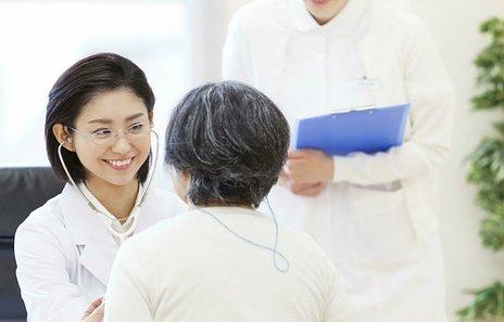療養型病院(医療療養病床)とは|費用や入院期間、介護療養病床との違いも解説
