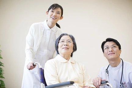 介護士と入居者