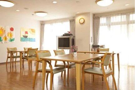 まどか本八幡 3F リビングルーム兼食堂兼機能訓練室