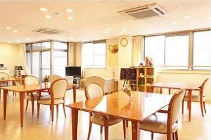 まどか本八幡東 リビングルーム兼食堂兼機能訓練室