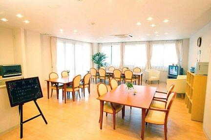 まどかときわ台南 リビングルーム兼食堂兼機能訓練室