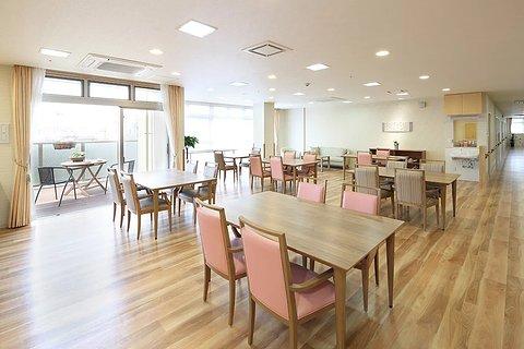 まどか川口芝 3F リビングルーム兼食堂兼機能訓練室