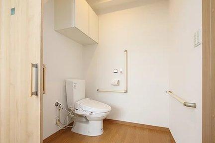エイジフリーハウス茨木平田台 居室内トイレ
