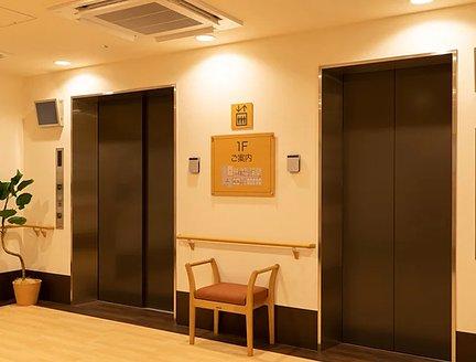 リアンレーヴ茅ヶ崎 エレベーターホール(1F)